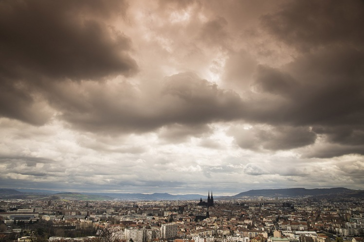 clermont-ferrand-cityscape-photo-2