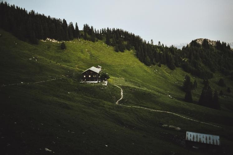 gruenten-alps-landscape-photo (2)