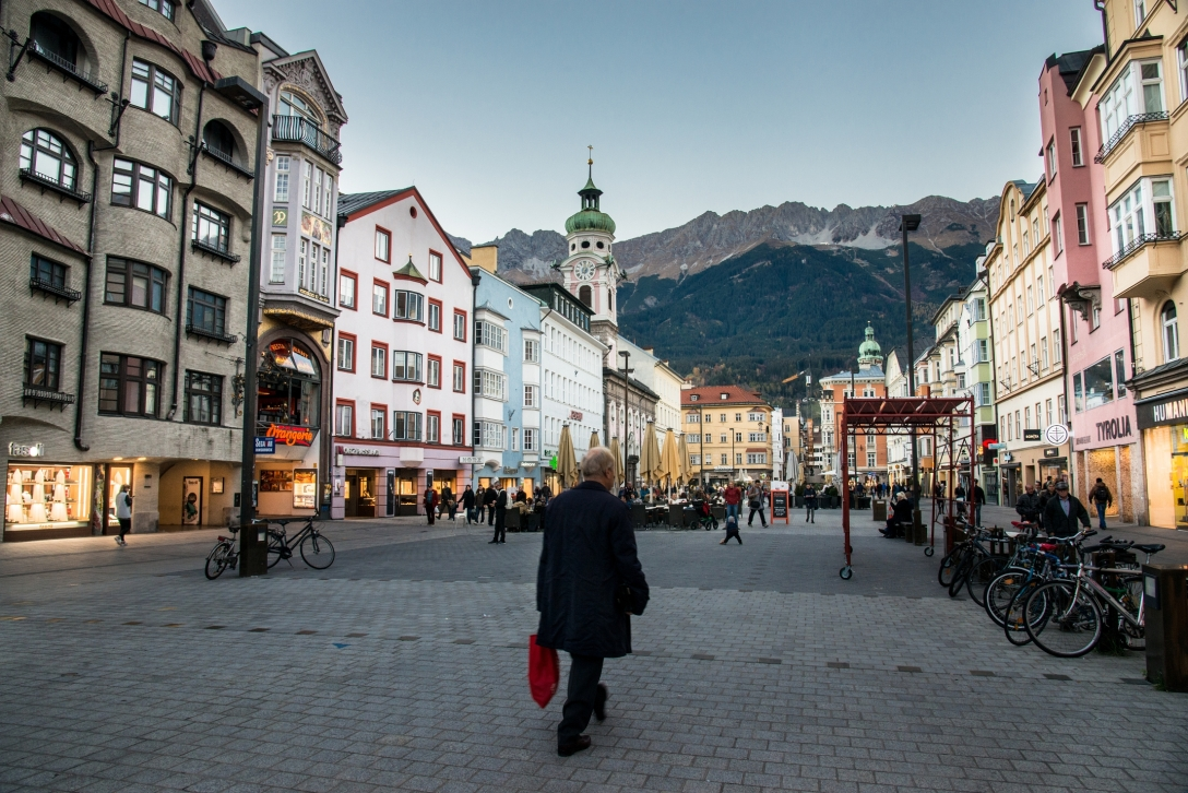 innsbruck-cityscape-miller-and-waveman-photo (12)